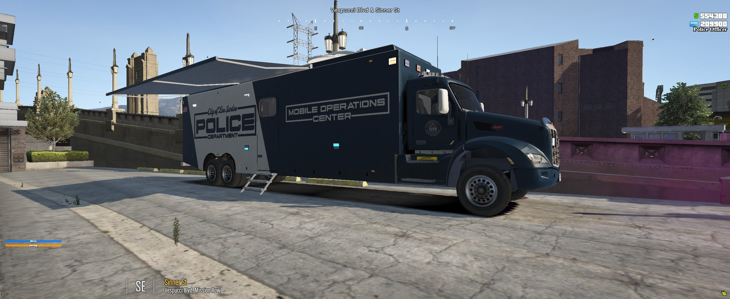 Peterbilt Mobile Command Center by Candimods